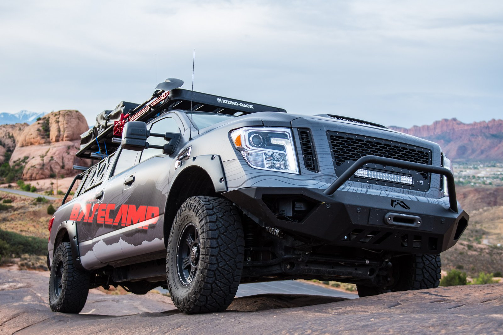 nissan titan xd pro 4x project basecamp is one tough truck carscoops. Black Bedroom Furniture Sets. Home Design Ideas