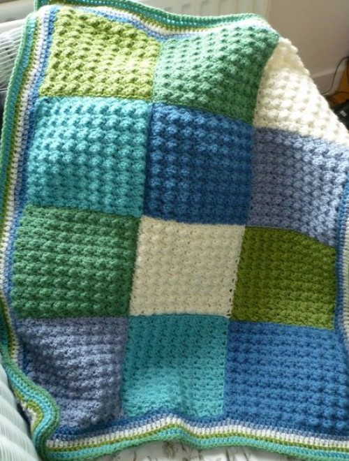 Nine Patch Baby Throw - Free Pattern