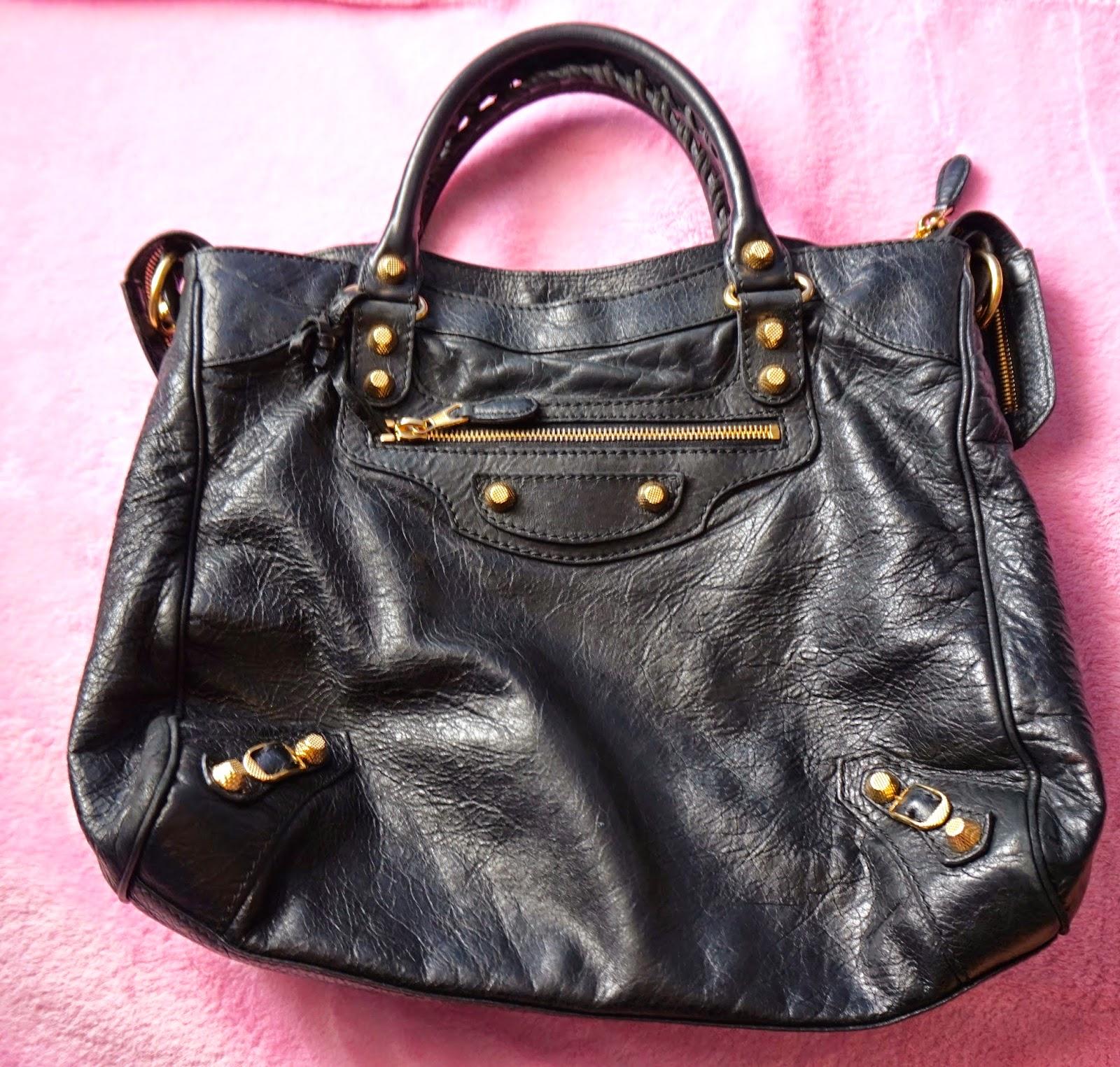 Bag Review Balenciaga Giant 12 Gold Velo In Black Spot A Fake The Beauty Junkee