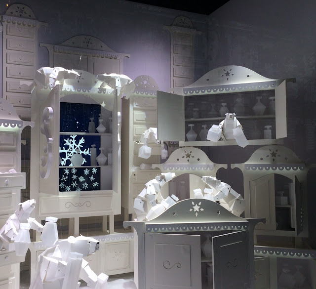 Holiday window by Lorenzo Papace, Galeries Lafayette, Paris, 2016