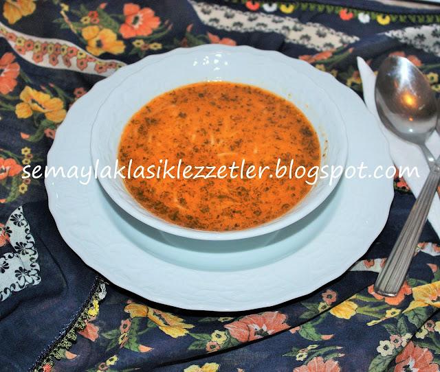 Kıymalı Tel Şehriye Çorbası