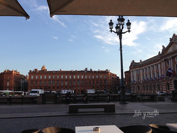Desayuno en el Capitole de Toulouse