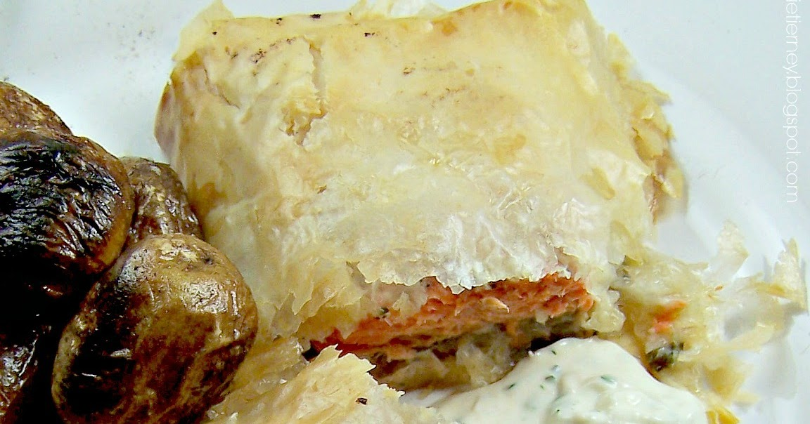 how to make salmon en croute with puff pastry