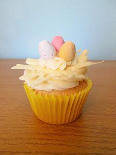 http://themessykitchenuk.blogspot.co.uk/2016/03/lemon-cupcakes.html