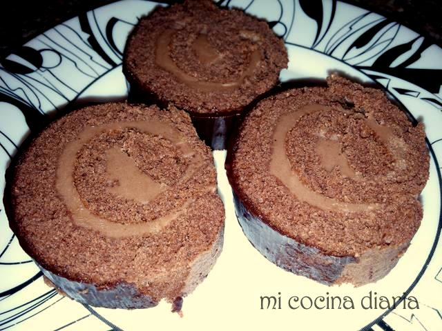 Rollo de chocolate con crema de cacao (Рулет шоколадный Чешский по ГОСТу)