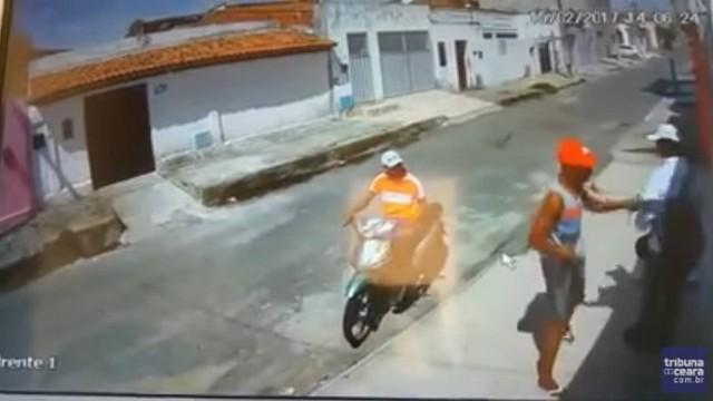 Homem é assaltado por deficiente visual e motoqueiro sem perna no Ceará