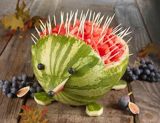 как из овощей и фруктов сделать украшения видео своими руками