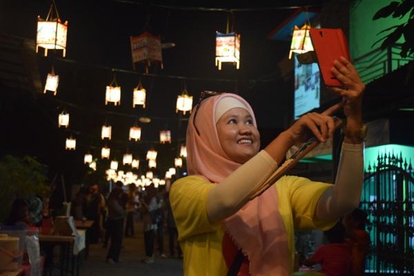 Festival Damar Kurung 2016 di Kampung Kebomas