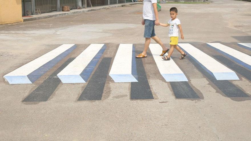 Passadeira 3D na Índia