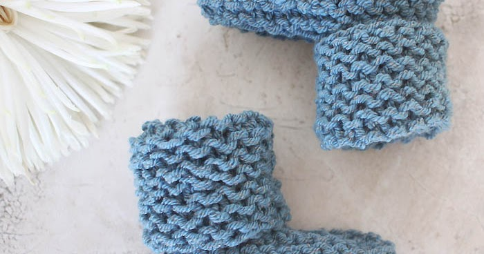 Simple Bootie Knitting Pattern : EASY Cuffed Baby Booties Free Knitting Pattern Gina Michele