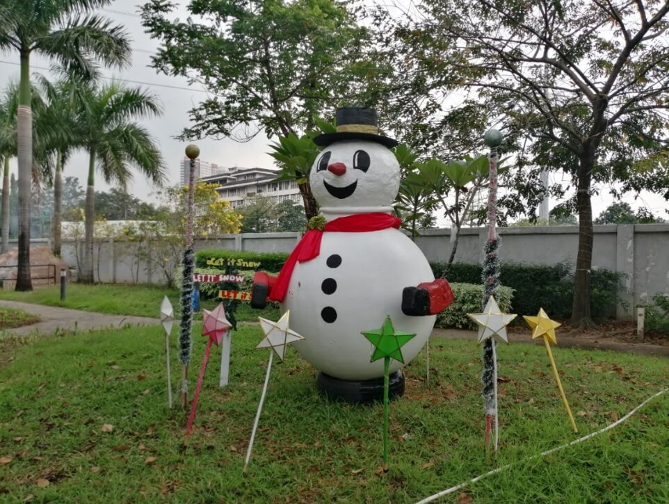Huawei Y9 2019 Main Camera Sample - Outdoor, Snowman with HDR