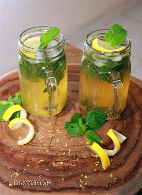 teh jeruk nipis dan daun mint