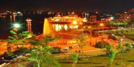 Taman Alun-Alun Kapuas, Tempat Wisata Malam Cocok Untuk Bersantai Bersama Keluarga di Pontianak