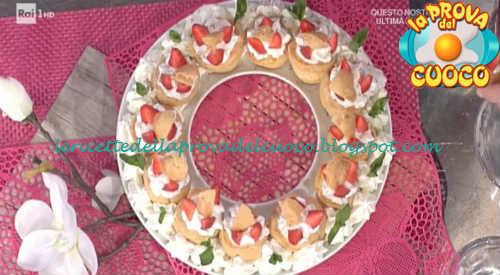 Prova del cuoco - Ingredienti e procedimento della ricetta Bignè mignon con panna e fragole di Antonella Clerici