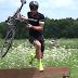 Vídeo de Sven Nys explicando cómo se debe montar y desmontar de la bici