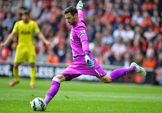 Hugo Lloris is a transfer target for Manchester United