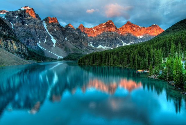 places to visit Moraine Lake, Canada
