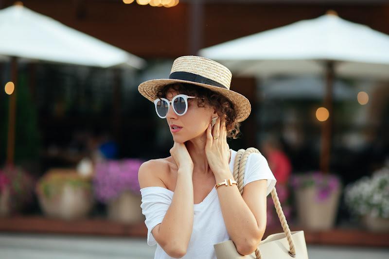 белые очки для лета