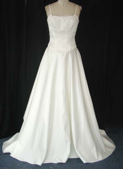 Fashion Styles: WESTERN WEDDING DRESSES
