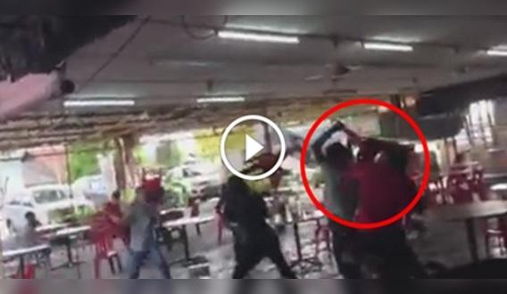 [VIDEO] Ngeri ! Geng India POTONG Geng Cina Di Klang ! Memang NGERI ! Dikatakan Punca Gaduh Sebab ...
