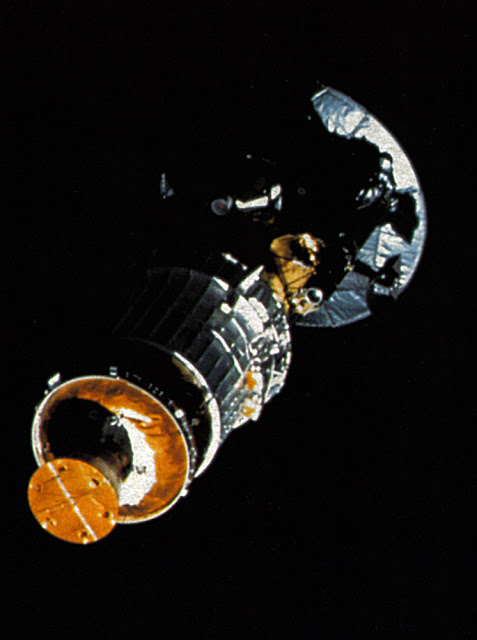 what spacecraft did galileo discover - photo #35