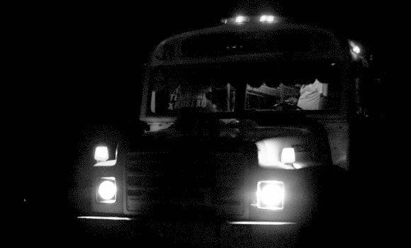 muerto_silencio_autobus