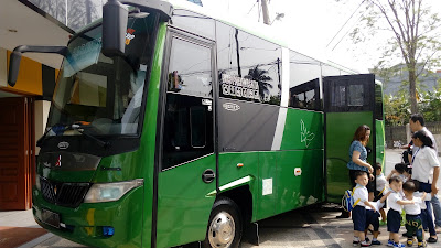 bus pariwisata 1113