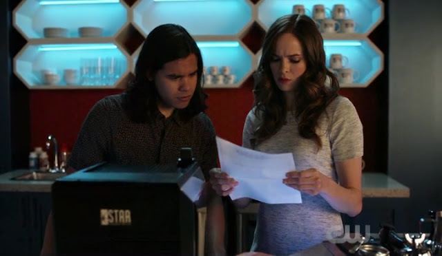 Caitlin and Cisco - The Flash Season 5 Episode 1 Breakdown