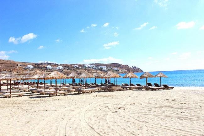 Kalo Livadi sand beach