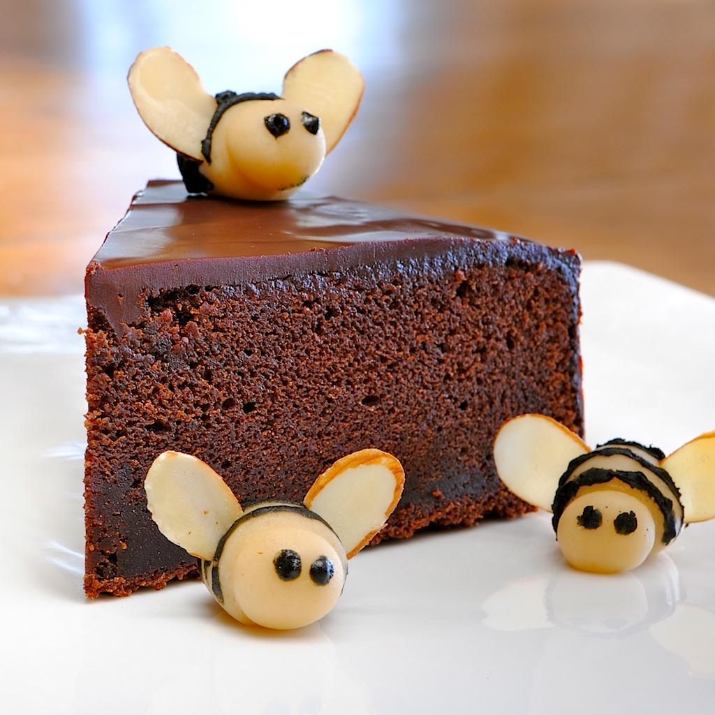 Nigella Honey Chocolate Cake