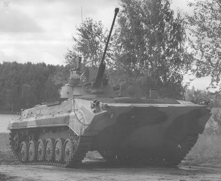 bmp-1+with+BMD-2+turret.jpg