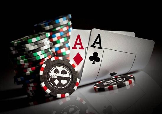 Người chơi chặt và thụ động Poker khó để kiếm thưởng lớn