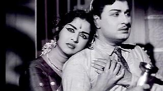 Ponnezhil Poothadhu-Kalangarai Vilakkam