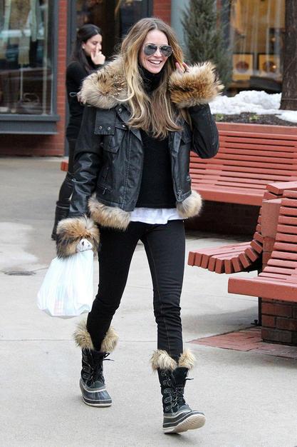 Boots Costume Pic Sorel Boots Joan Of Arctic
