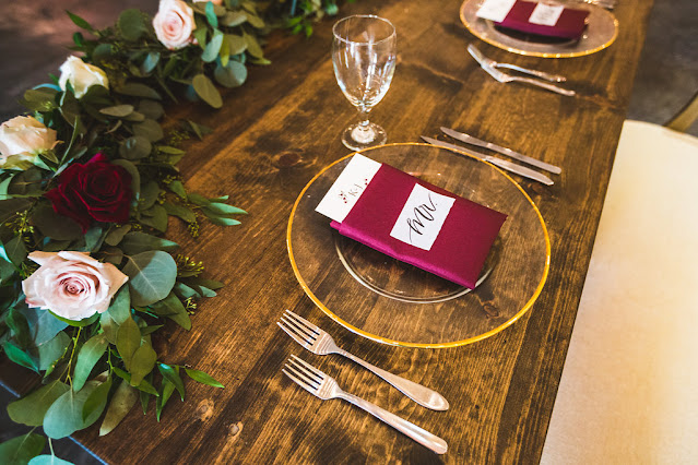 floral place setting and decor