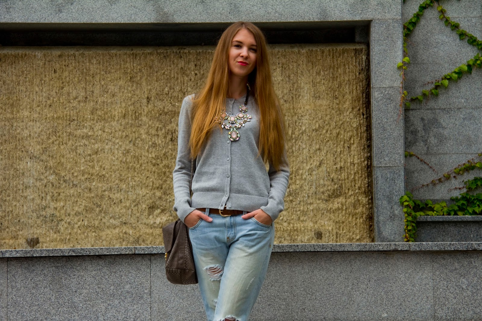 casual outfit with mules