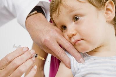 očkovanie bábätka
