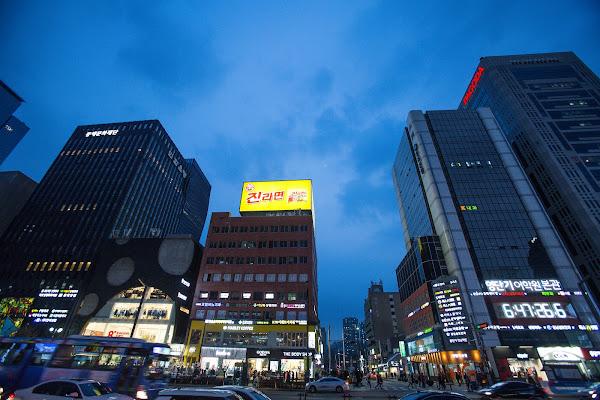 首爾江南大街