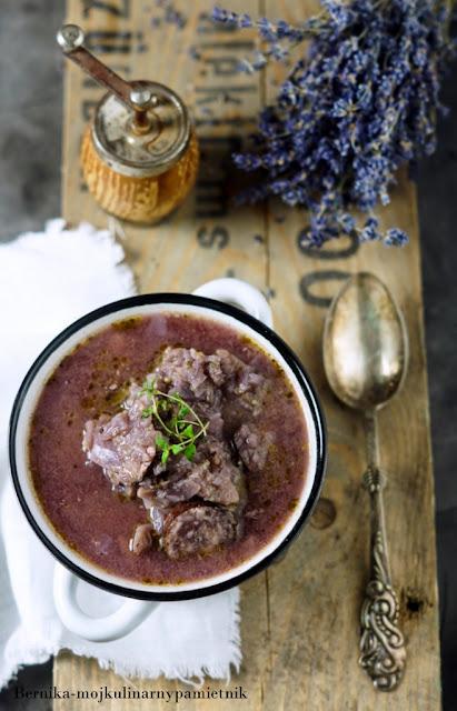 kapusniak, wino, kapusta, zupa, czerwona, bernika, obiad, kulinarny pamietnik