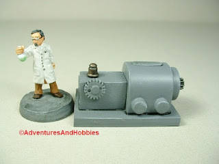 Small scale power generator designed for 25-28mm war games and role-playing games - type 2 - front view.