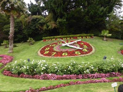 El reloj del jardin a la entrada de Viña del Mar
