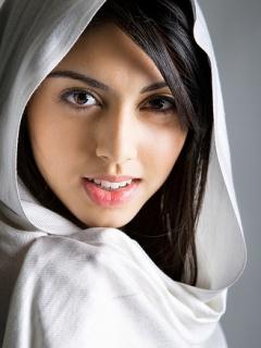 http://3.bp.blogspot.com/-tpv07SLQUi0/UAvY_hGGFwI/AAAAAAAAAQw/EAKUbDpdRz8/s1600/sweet_girl.jpg
