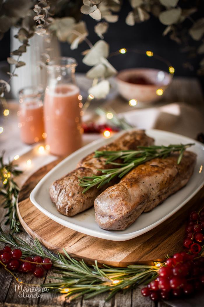 Solomillo de cerdo con salsa de grosellas. Receta perfecta para Navidad.