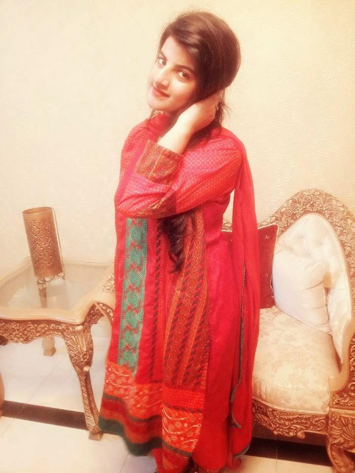 Local Pakistani Teenage College Girls Photos - Beautiful -4691