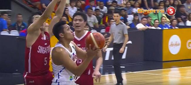 Mike Tolomia's CRAZY Shot vs Singapore (VIDEO) SEA Games 2017 Semis
