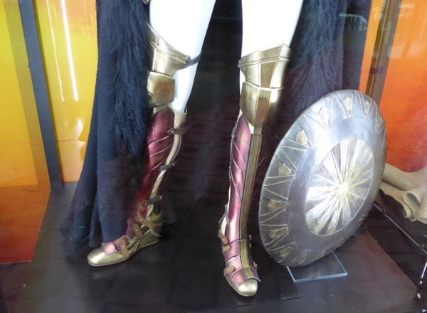Wonder Woman film costume boots shield