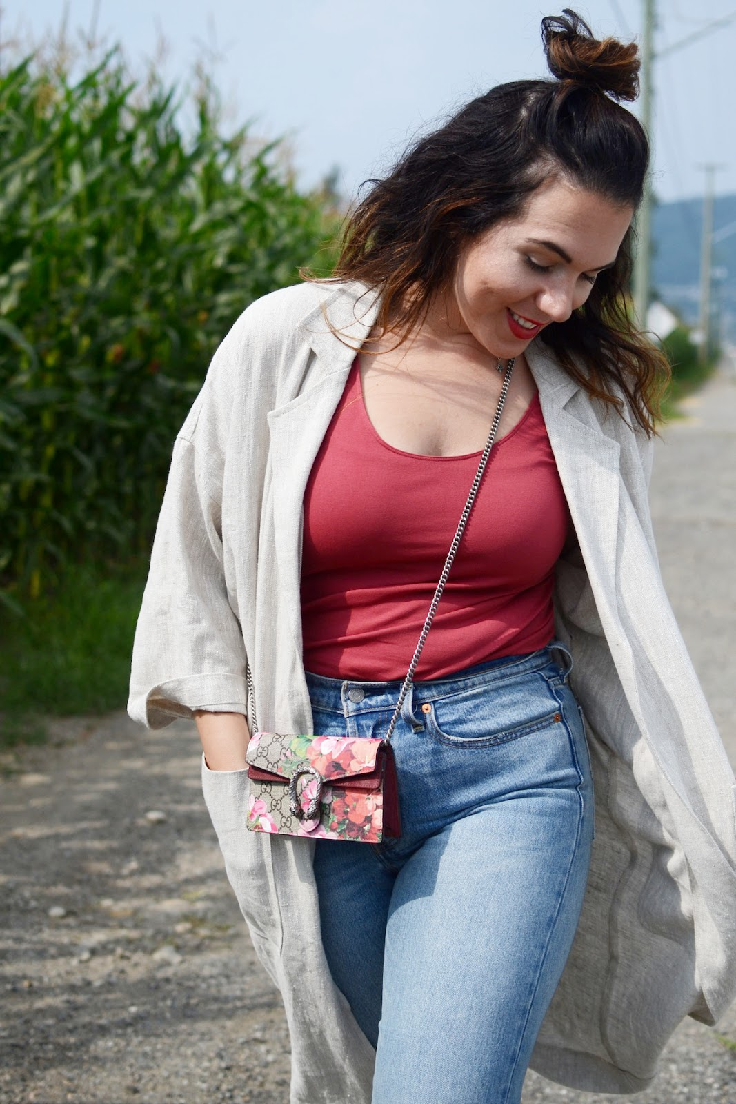 horses atelier linen duster coat levis wedgie jeans vancouver fashion blogger cute summer outfit