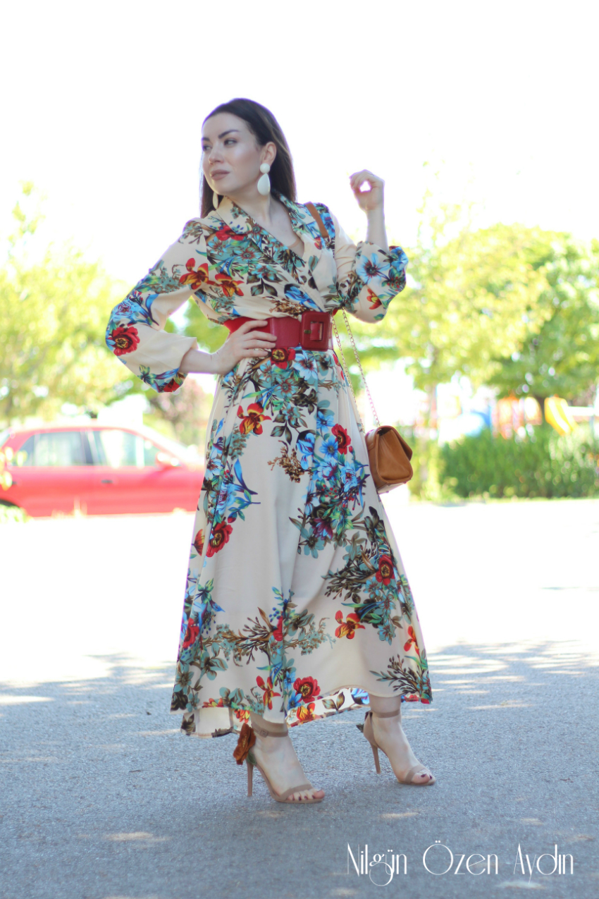 Çiçekli Elbise ve Çiçekli Sandalet-moda blogu-fashion blogger