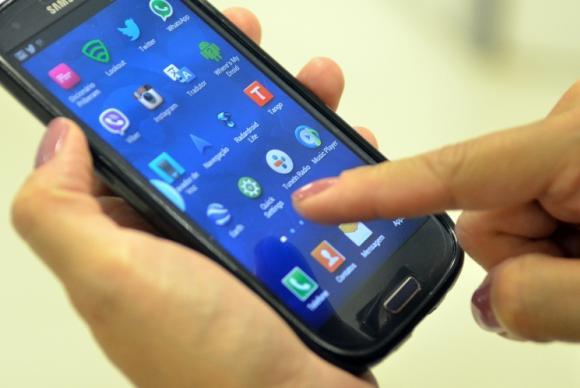 Anatel inicia bloqueio de celulares irregulares na Paraíba