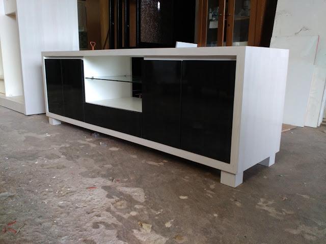 Tri karya furniture bekasi,pemesanan rak TV cutom bekasi
